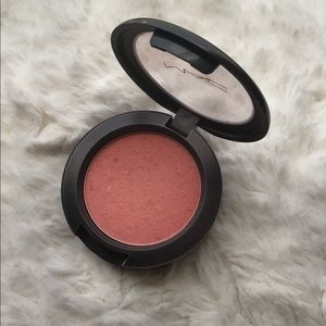 Mac Cosmetics Blush Style